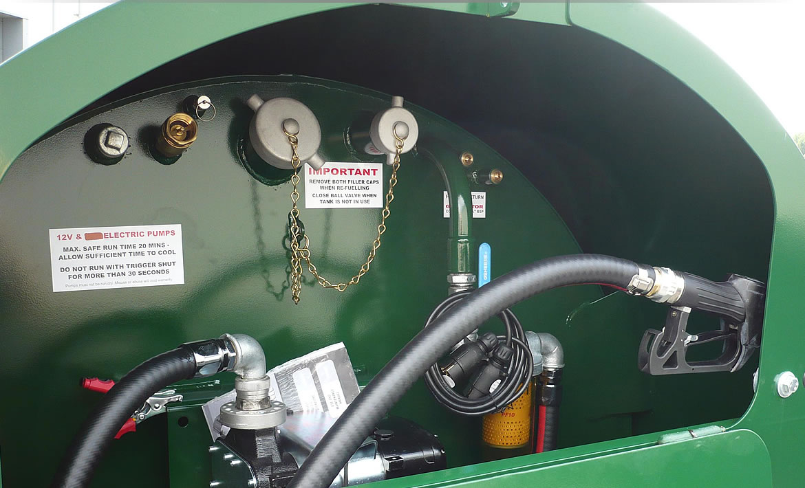 2,000 litre highway twin axle bowser dispensing equipment